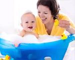 夏天有什么方法让宝宝爱上洗澡?