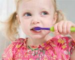如何引导不爱刷牙的宝宝刷牙?